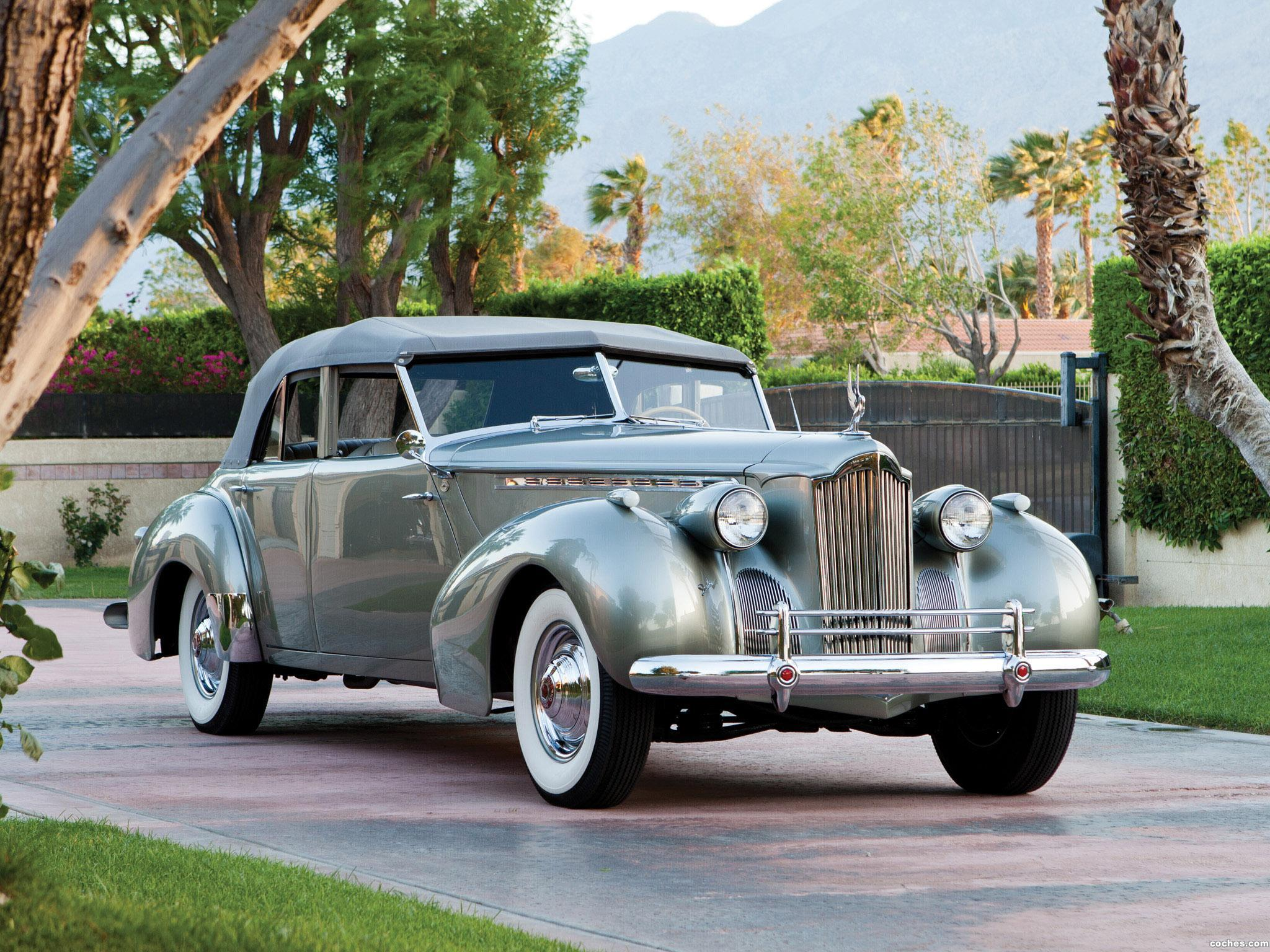 Foto 0 de Packard 180 Super Eight Convertible Sedan by Darrin 1940