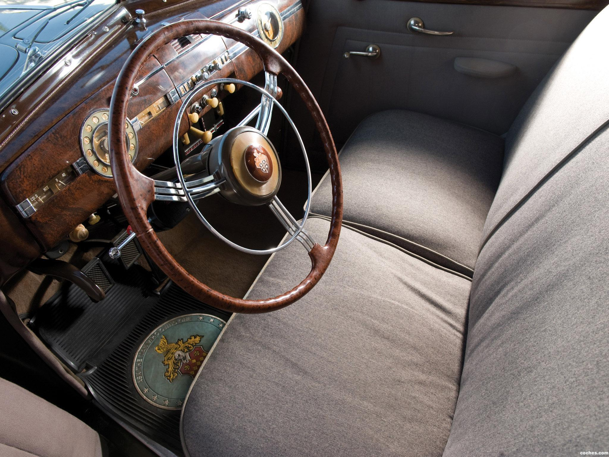 Foto 1 de Packard 180 Super Eight Custom Formal Sedan  1940