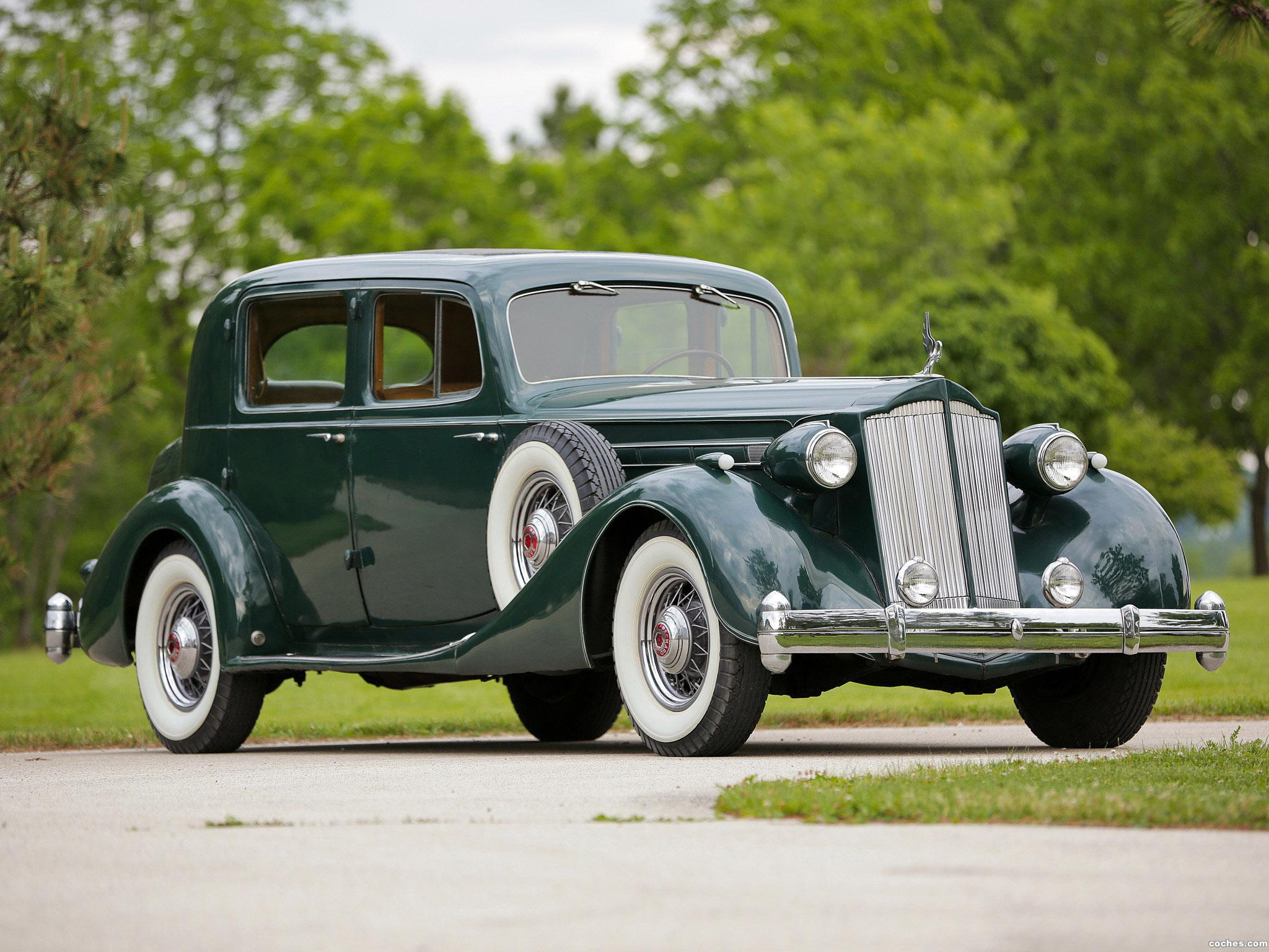 Foto 0 de Packard Twelve Club Sedan 1936