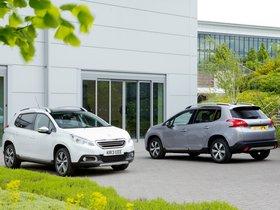 Ver foto 2 de Peugeot 2008 UK 2013