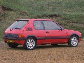 Ver foto 9 de Peugeot 205 GTi 1984