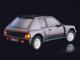 Ver foto 4 de Peugeot 205 T16 1984