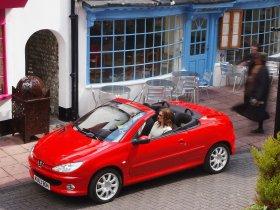 Ver foto 6 de Peugeot 206 CC 2003