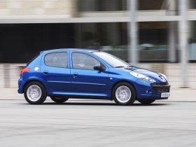 Ver foto 2 de Peugeot 206 Plus 2009