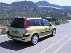 Ver foto 5 de Peugeot 206 SW 2003