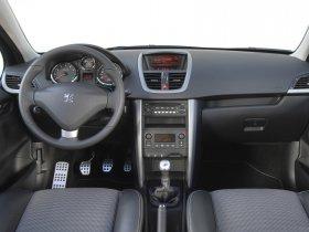 Ver foto 14 de Peugeot 207 SW RC 2007