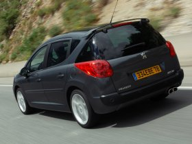 Ver foto 6 de Peugeot 207 SW RC 2007