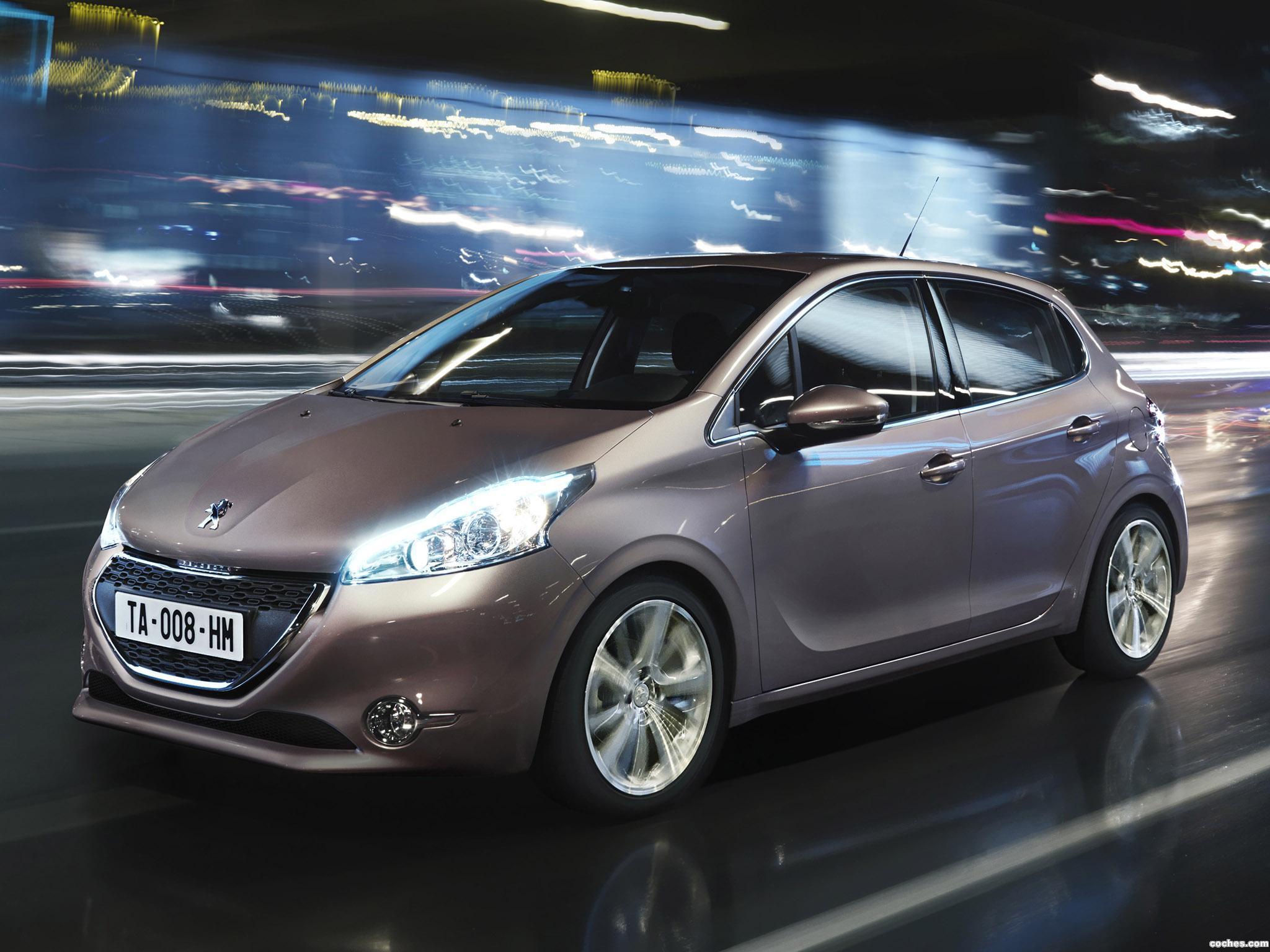 Foto 0 de Peugeot 208 5 puertas 2012