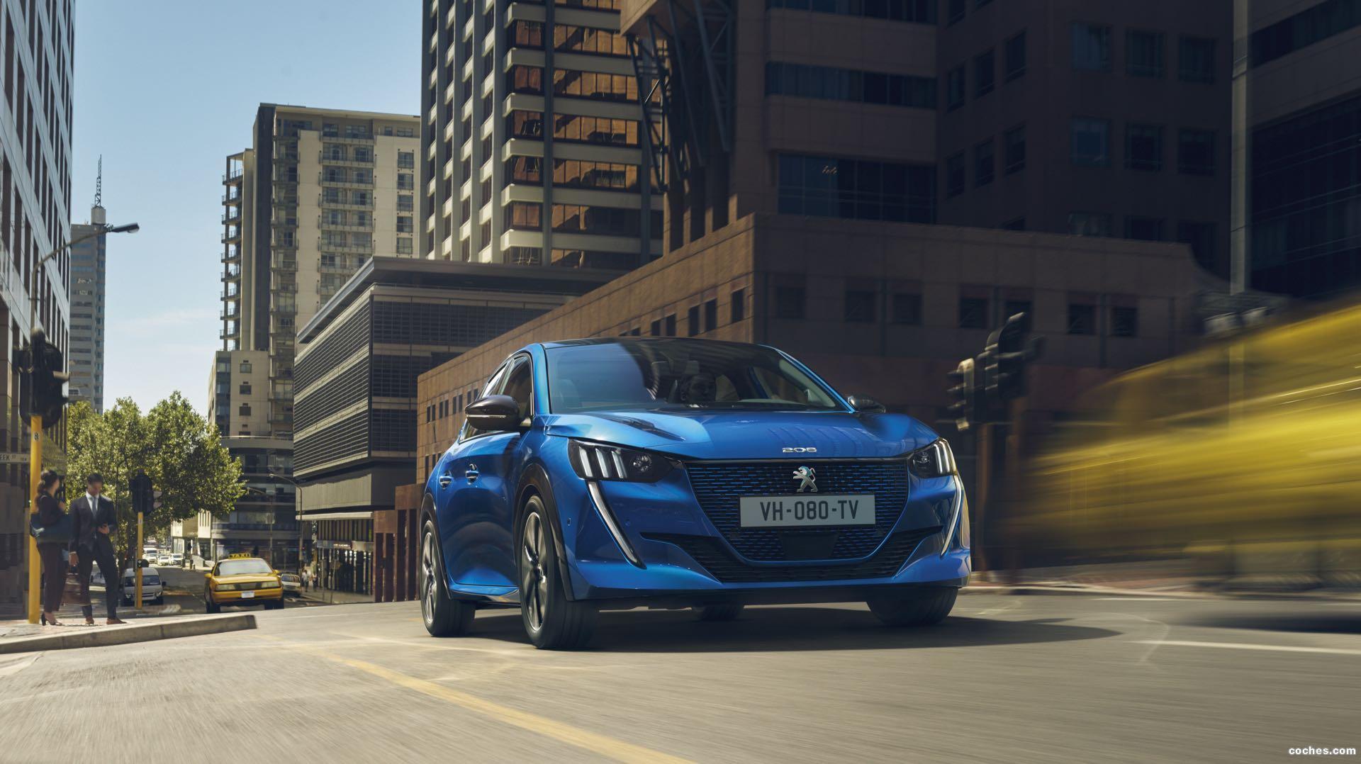 Foto 0 de Peugeot e-208 GT 2019