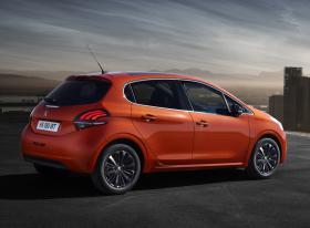 Ver foto 7 de Peugeot 208 2015