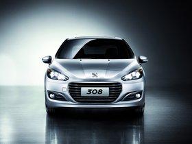 Ver foto 7 de Peugeot 308 Sedan China 2011