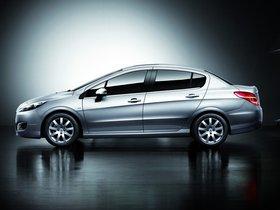 Ver foto 5 de Peugeot 308 Sedan China 2011