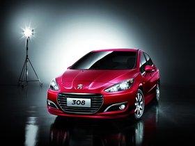 Ver foto 2 de Peugeot 308 Sedan China 2011