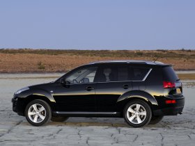 Ver foto 2 de Peugeot 4007 2007