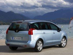 Ver foto 12 de Peugeot 5008 2009