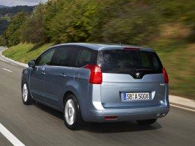 Ver foto 2 de Peugeot 5008 2009