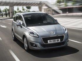 Ver foto 1 de Peugeot 5008 2013