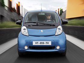 Ver foto 3 de Peugeot iOn 2010