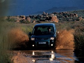 Ver foto 2 de Peugeot Partner 2003