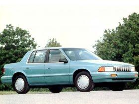 Ver foto 2 de Plymouth Acclaim 1993