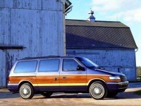 Ver foto 3 de Plymouth Grand Voyager 1991