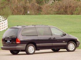 Ver foto 4 de Plymouth Grand Voyager 1996