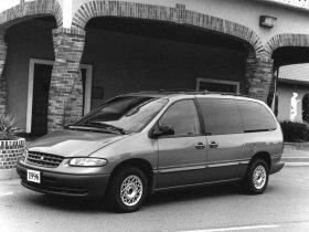 Ver foto 3 de Plymouth Grand Voyager 1996
