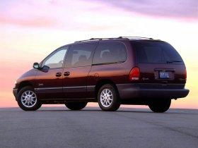 Ver foto 2 de Plymouth Grand Voyager 1996