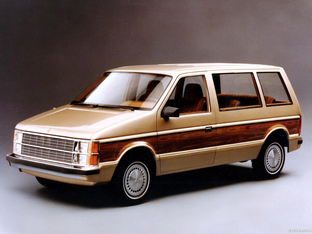 Foto 0 de Plymouth Voyager 1984