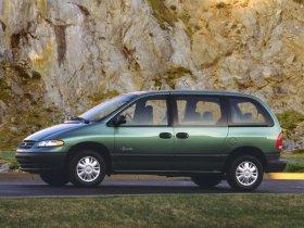 Ver foto 2 de Plymouth Voyager 1996