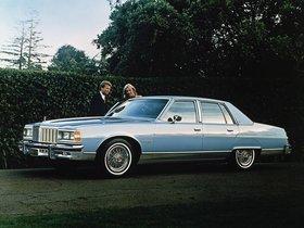 Ver foto 1 de Pontiac Bonneville Brougham 1979