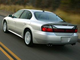 Ver foto 3 de Pontiac Bonneville GXP 2004