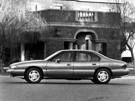 Ver foto 7 de Pontiac Bonneville SE 1992