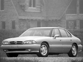 Ver foto 2 de Pontiac Bonneville SE 1992