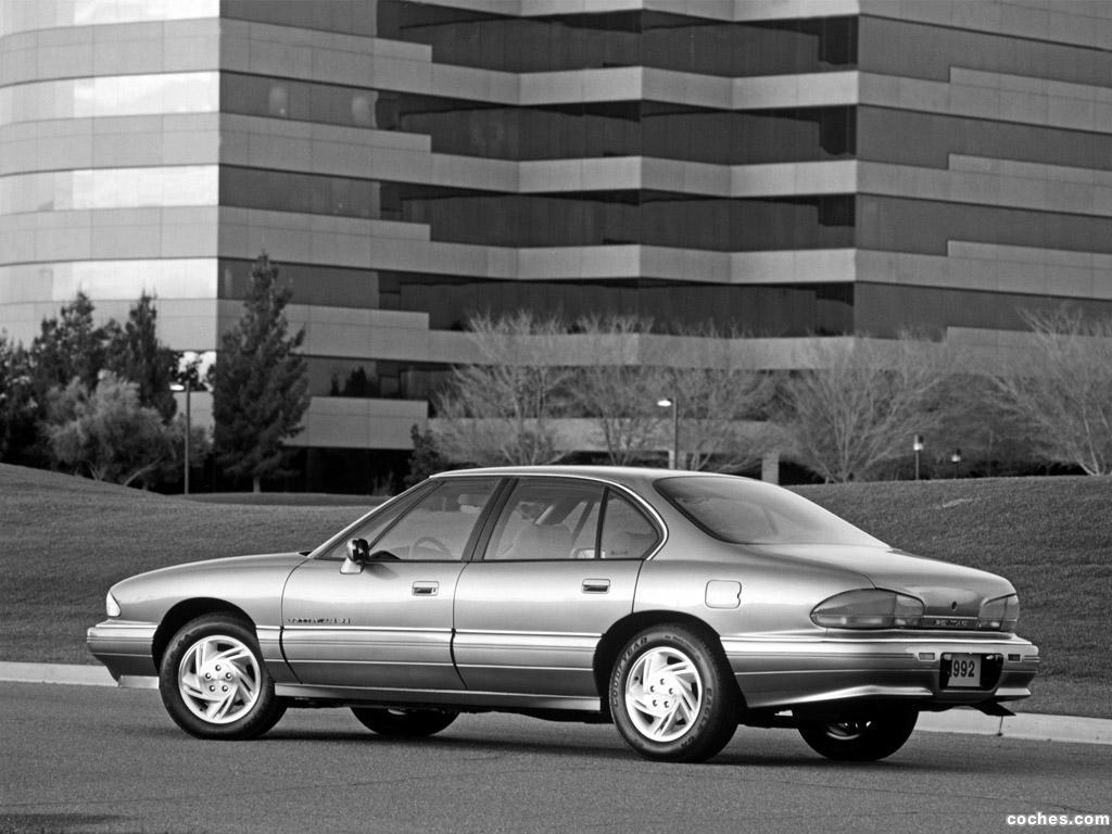 Foto 3 de Pontiac Bonneville SE 1992