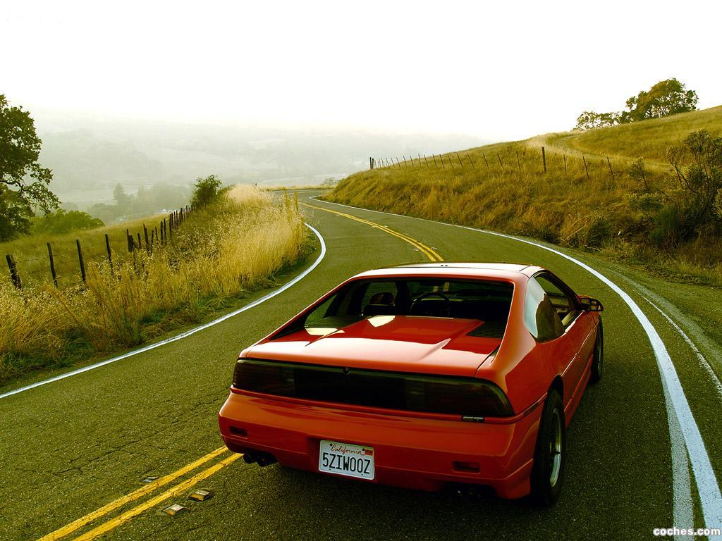 Foto 2 de Pontiac Fiero 1984