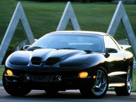 Ver foto 4 de Pontiac Firebird Trans Am Ram Air 1998-2002