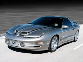 Ver foto 3 de Pontiac Firebird Trans Am Ram Air 1998-2002