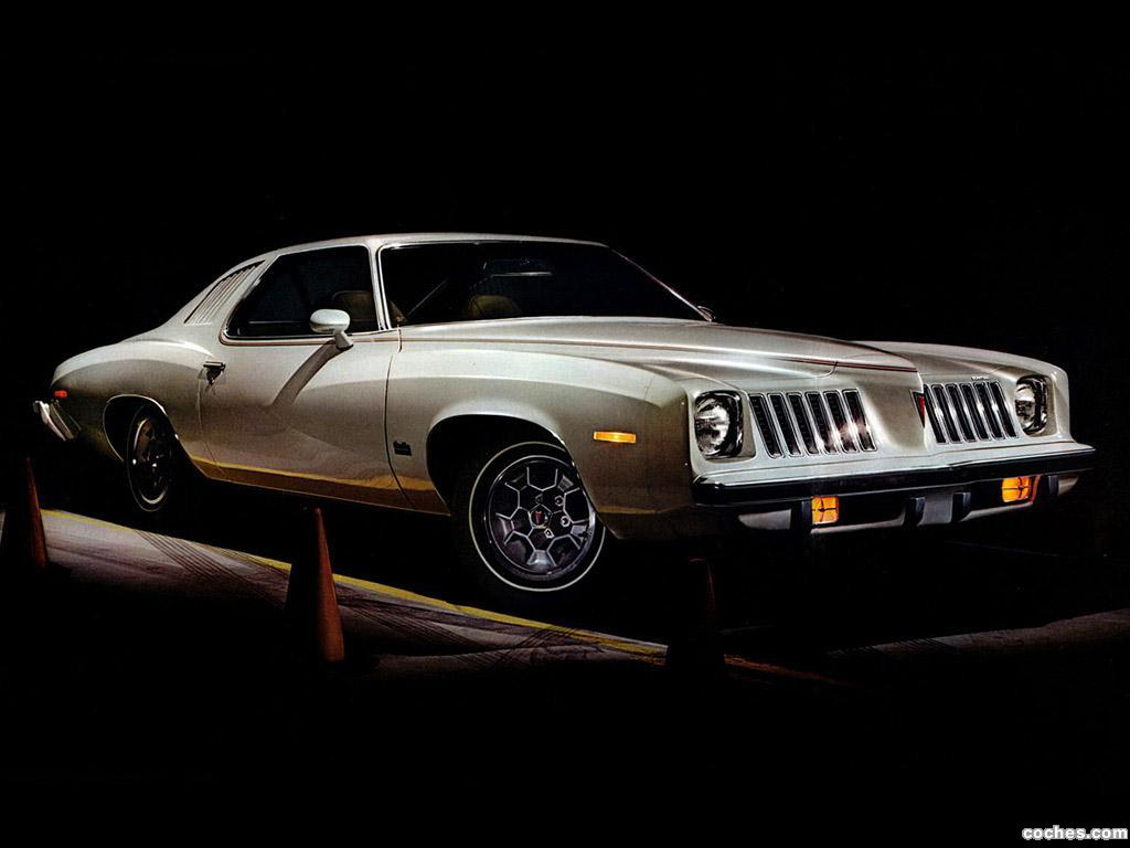 Foto 0 de Pontiac Grand Am 2 puertas Hardtop Coupe 1974