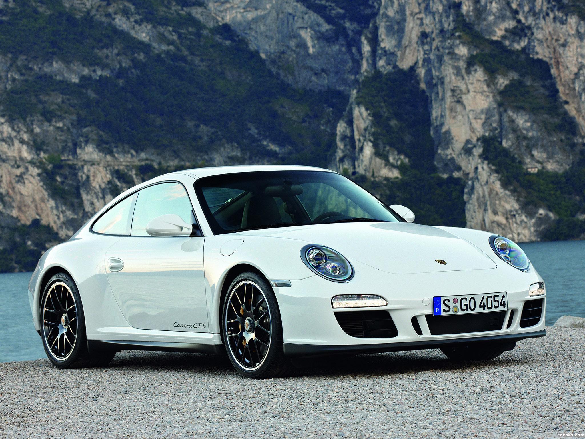 Foto 0 de Porsche 911 Carrera GTS Coupe 2010