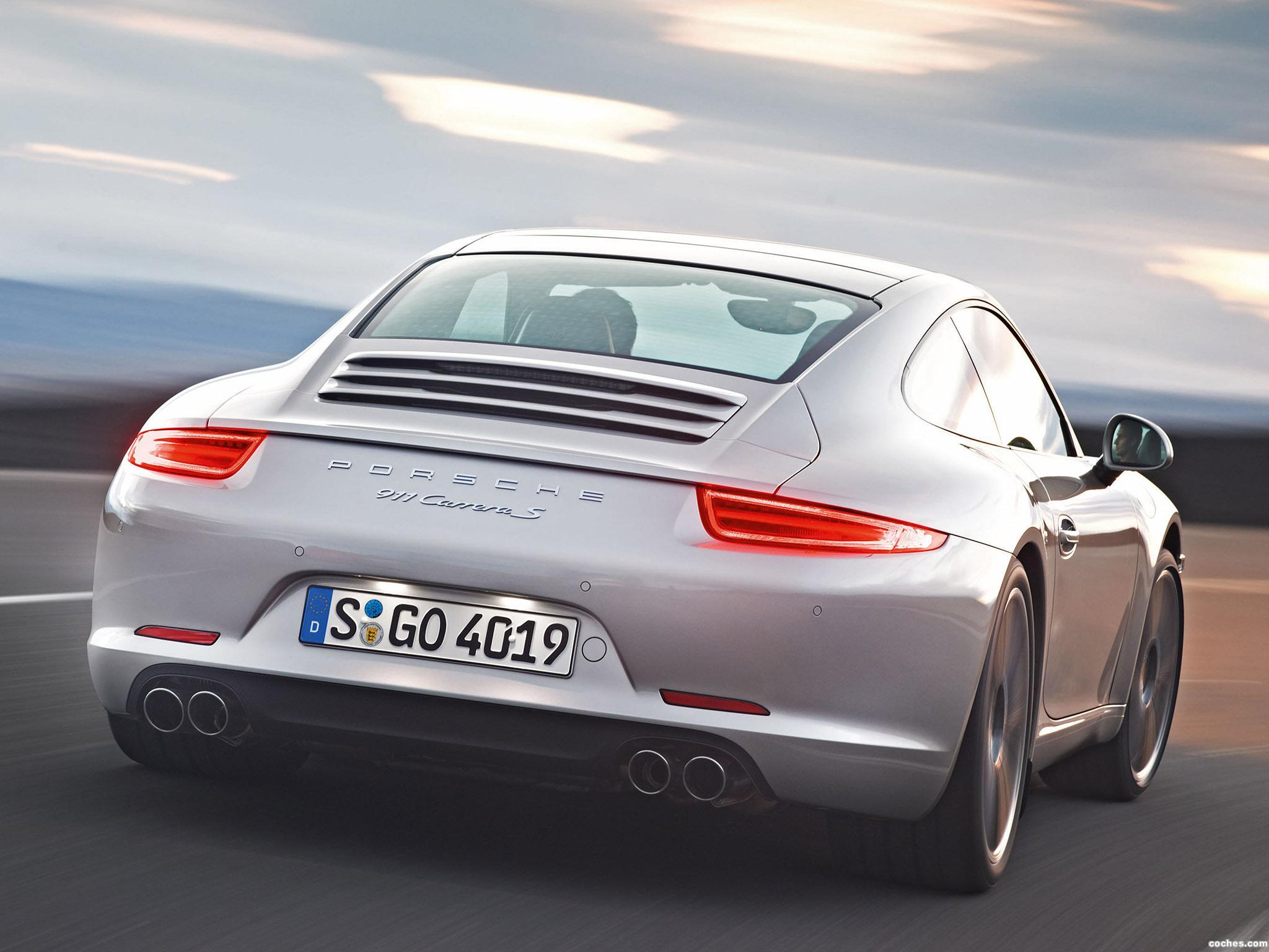 Foto 1 de Porsche 911 Carrera S Coupe 2011