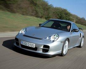 Ver foto 26 de Porsche 911 GT2 996 2006