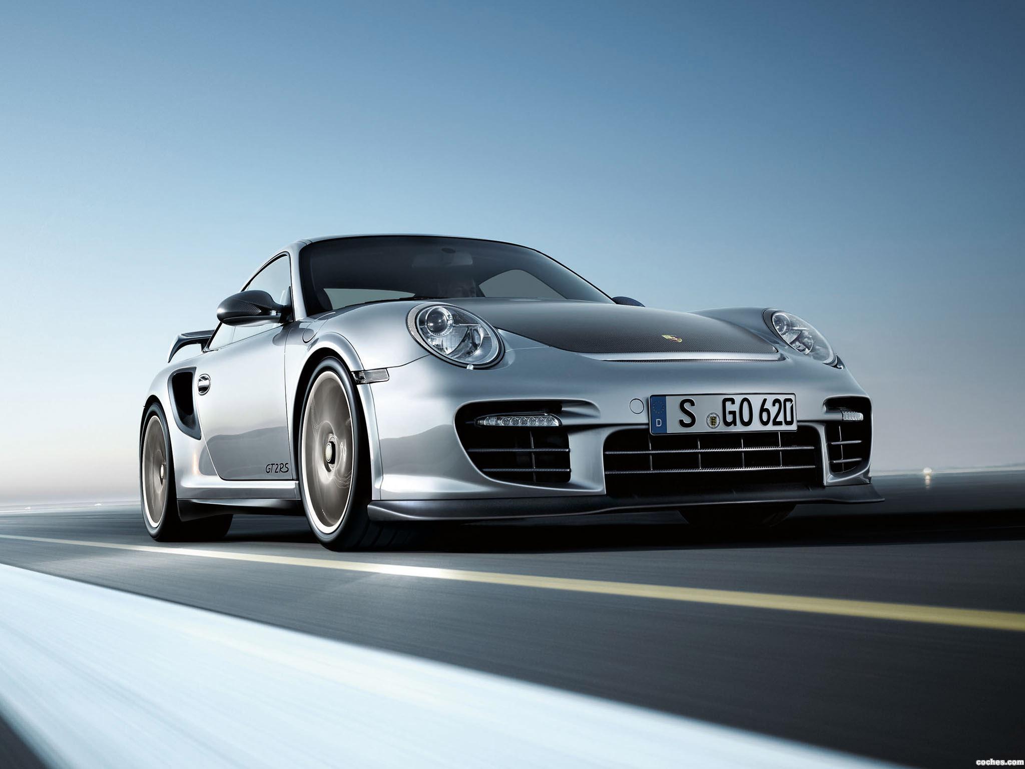 Foto 0 de Porsche 911 GT2 RS 2010