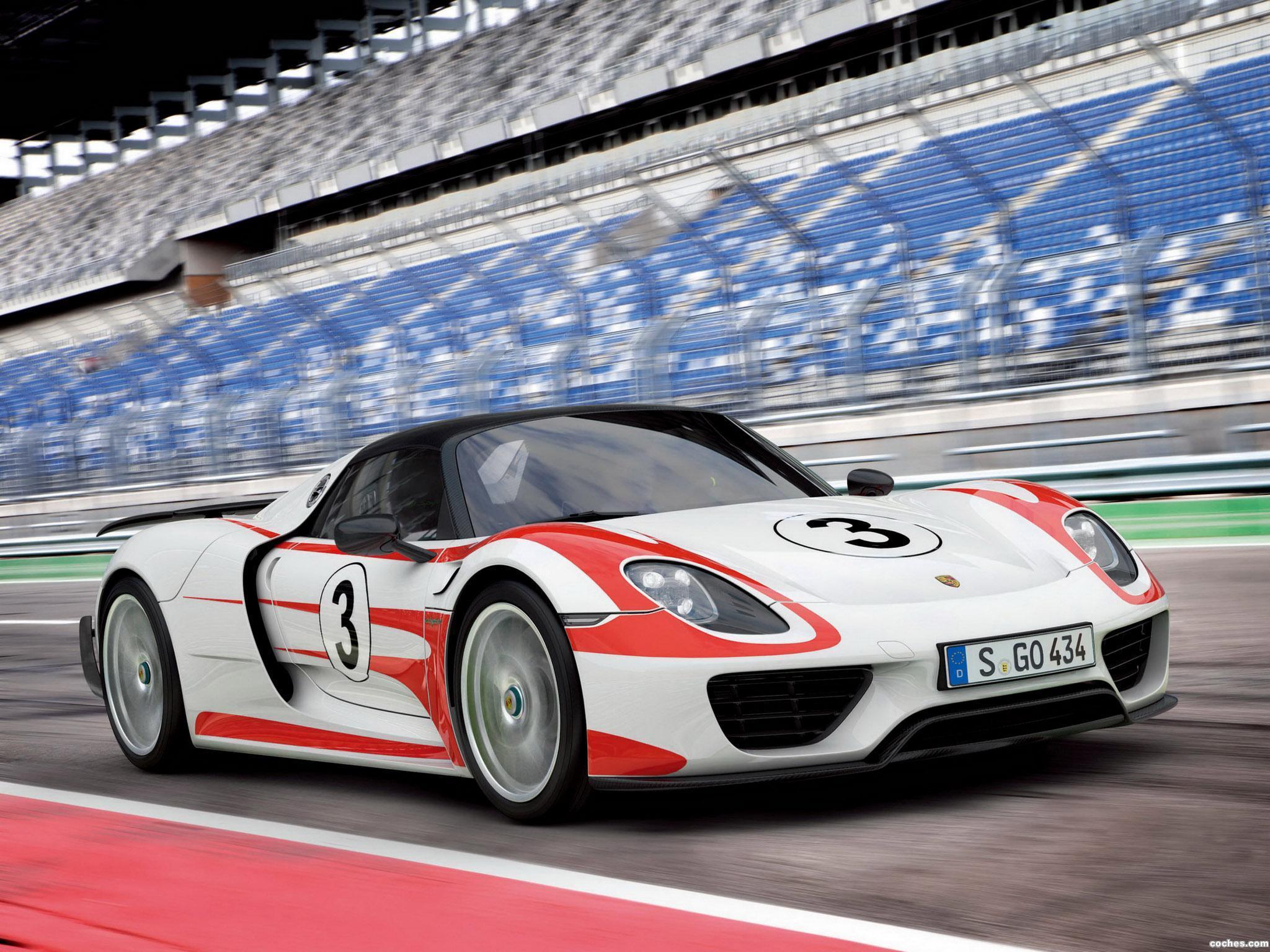 Foto 2 de Porsche 918 Spyder Weissach Package 2014