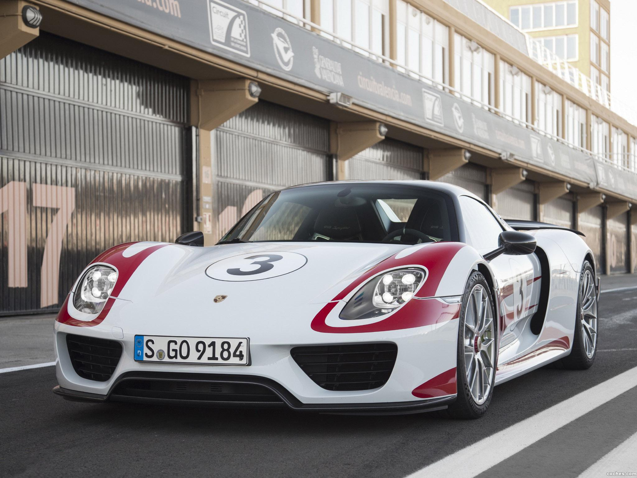 Foto 4 de Porsche 918 Spyder Weissach Package 2014