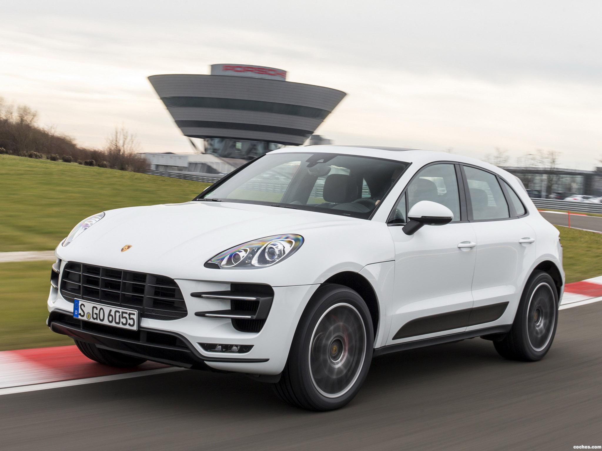 Foto 0 de Porsche Macan Turbo 2014