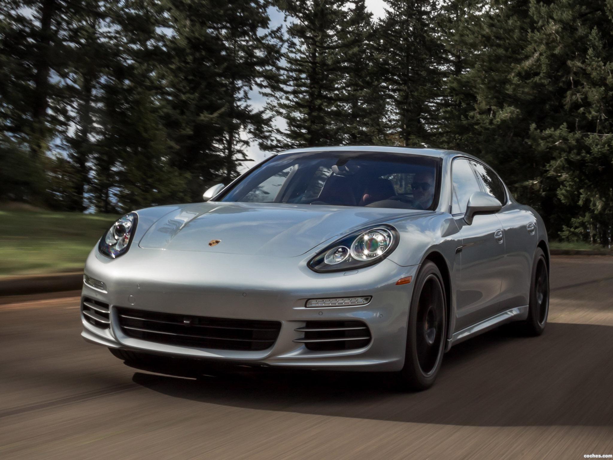 Foto 0 de Porsche Panamera 4S USA 2013