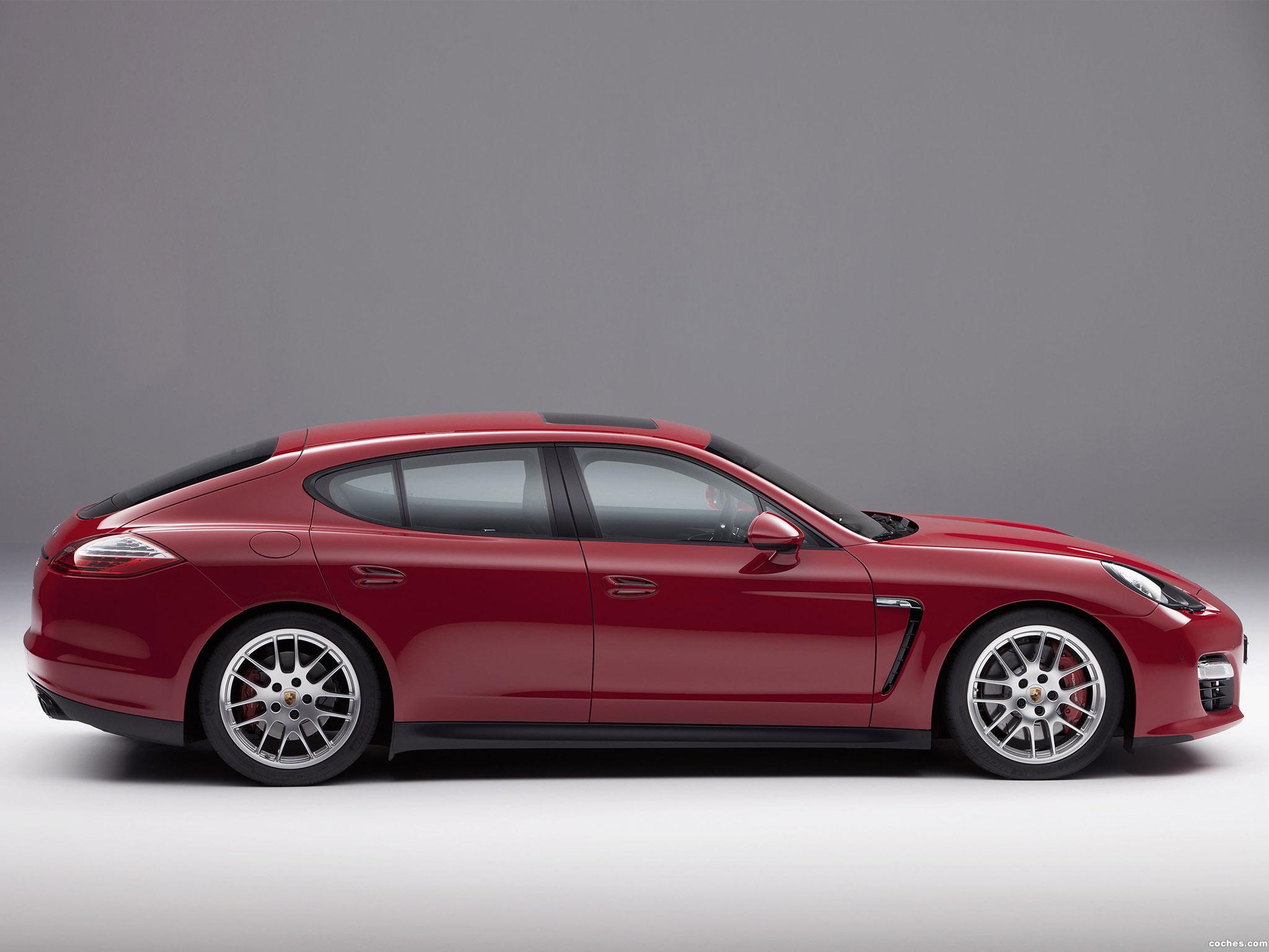 Foto 1 de Porsche Panamera GTS 2011