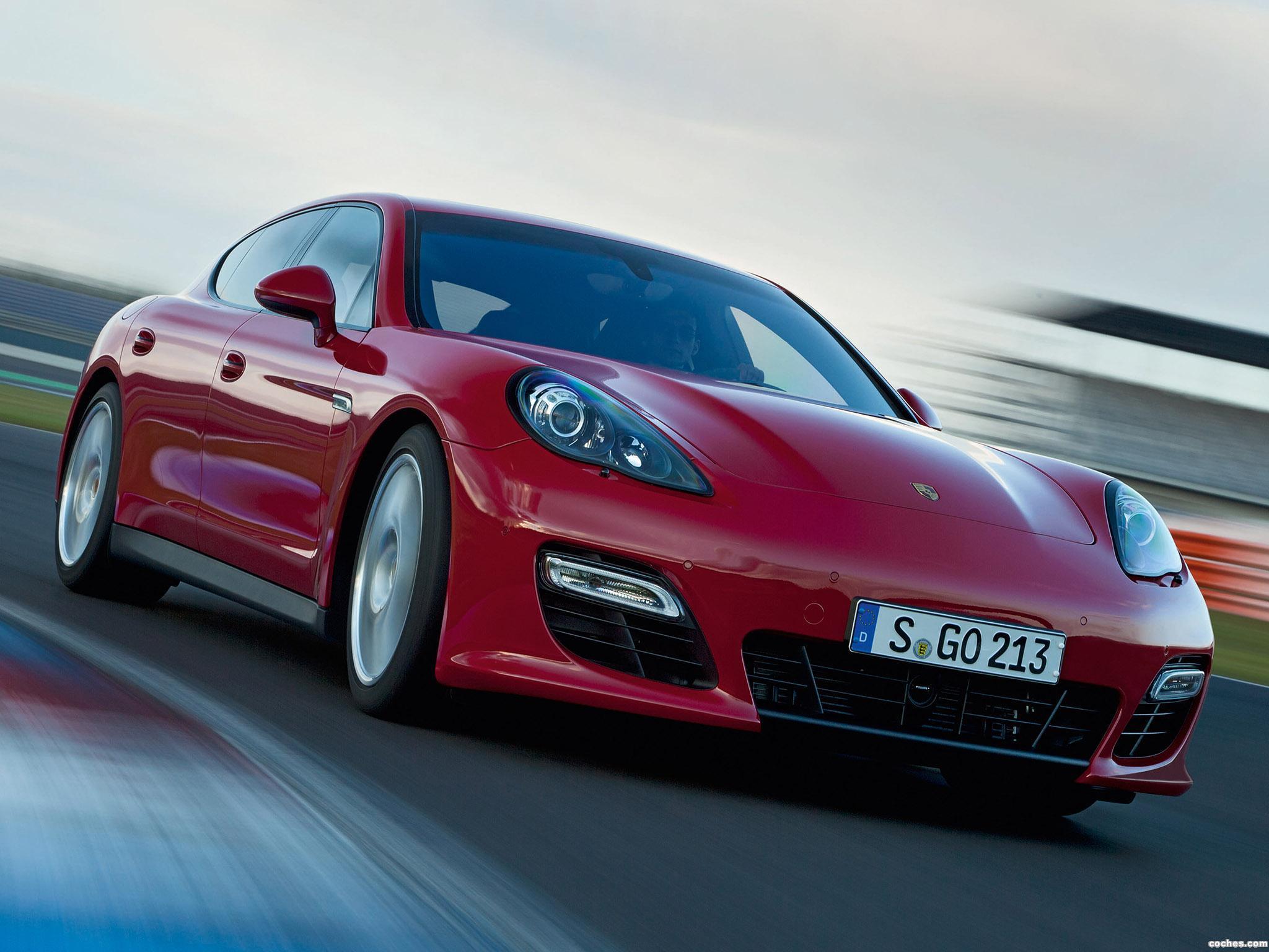 Foto 0 de Porsche Panamera GTS 2011