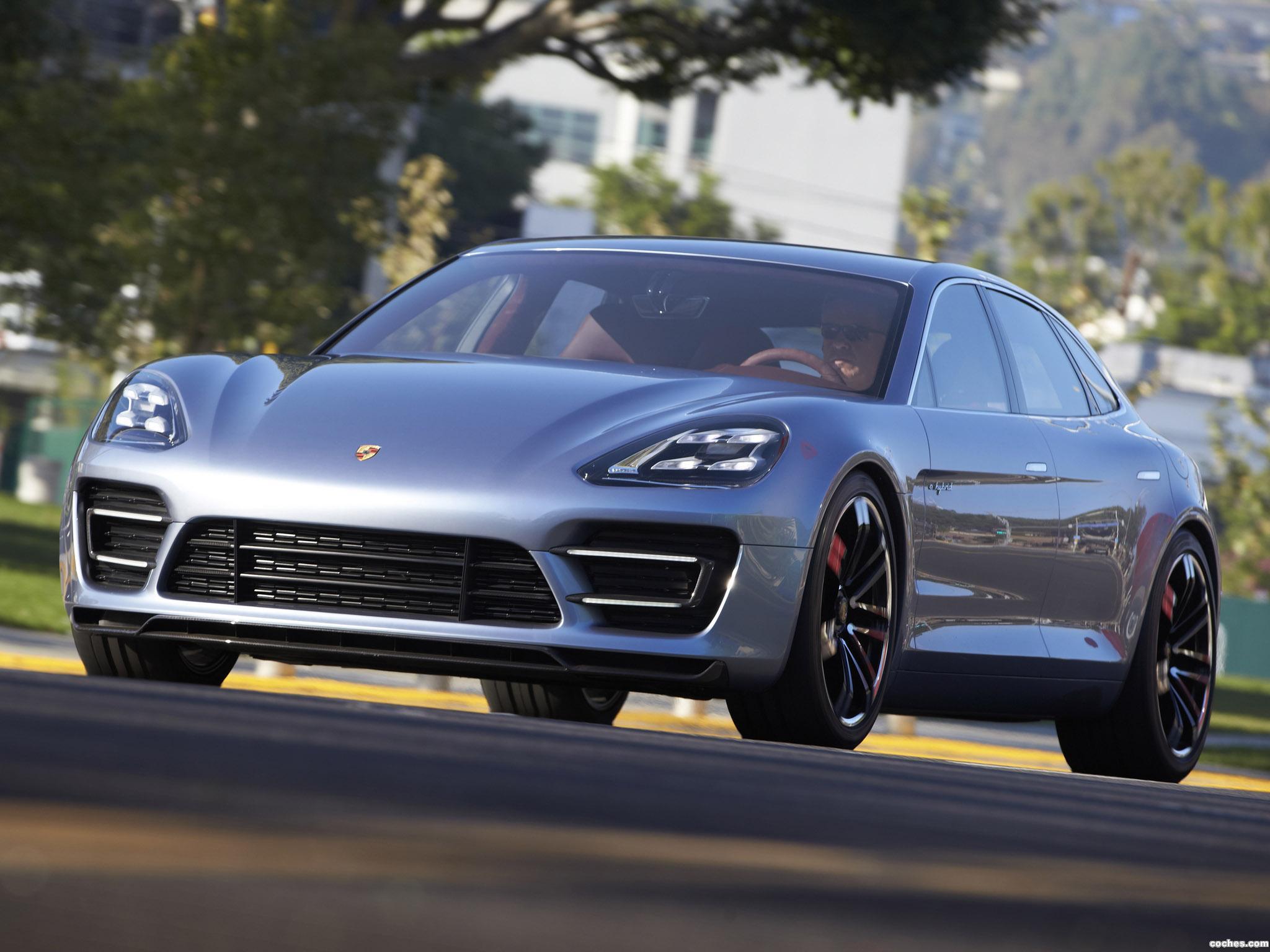 Foto 11 de Porsche Panamera Sport Turismo Concept 2012